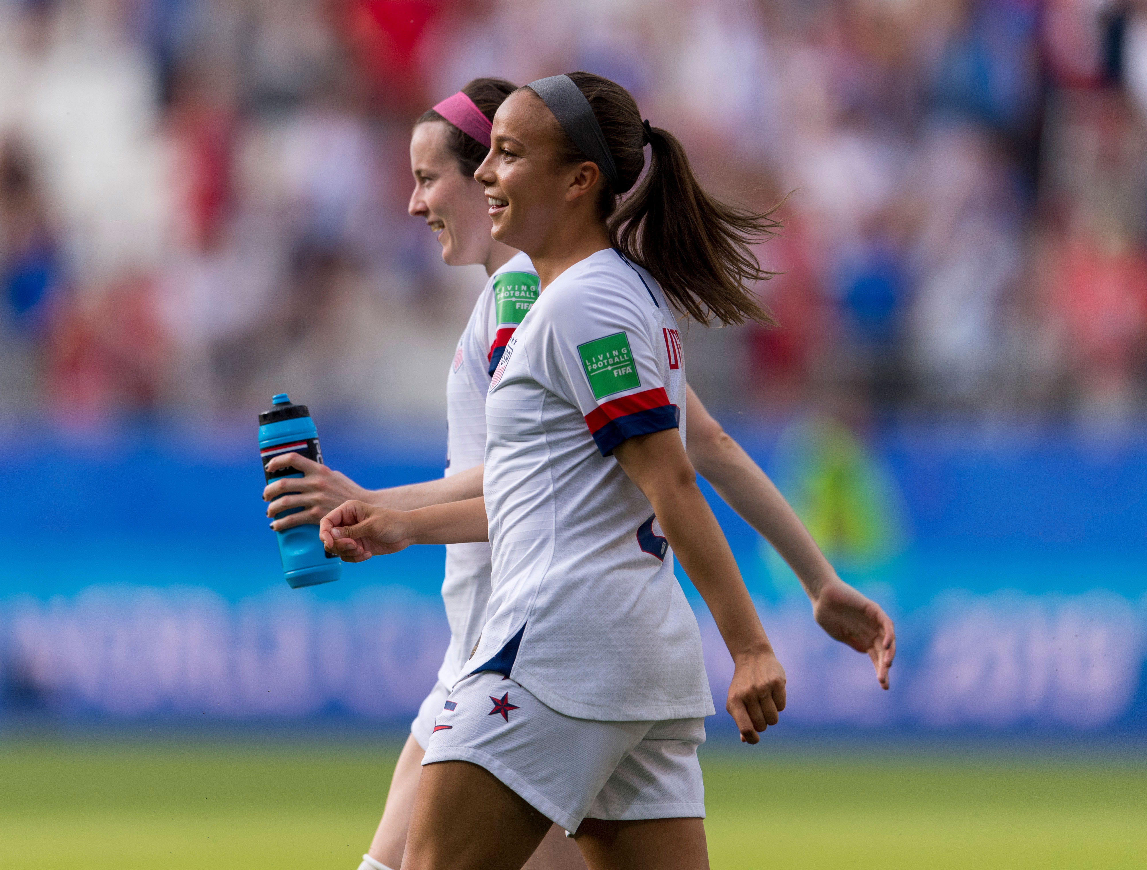 World Cup Champions Lavelle and Pugh Rejoin Washington
